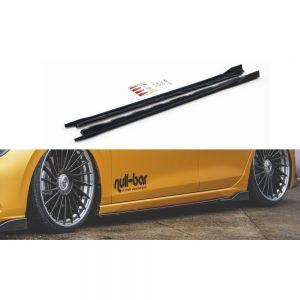 Hochwertige, formschöne und passgenaue Seitenschweller Erweiterung V.2 für VW Golf 8 von Maxton Design